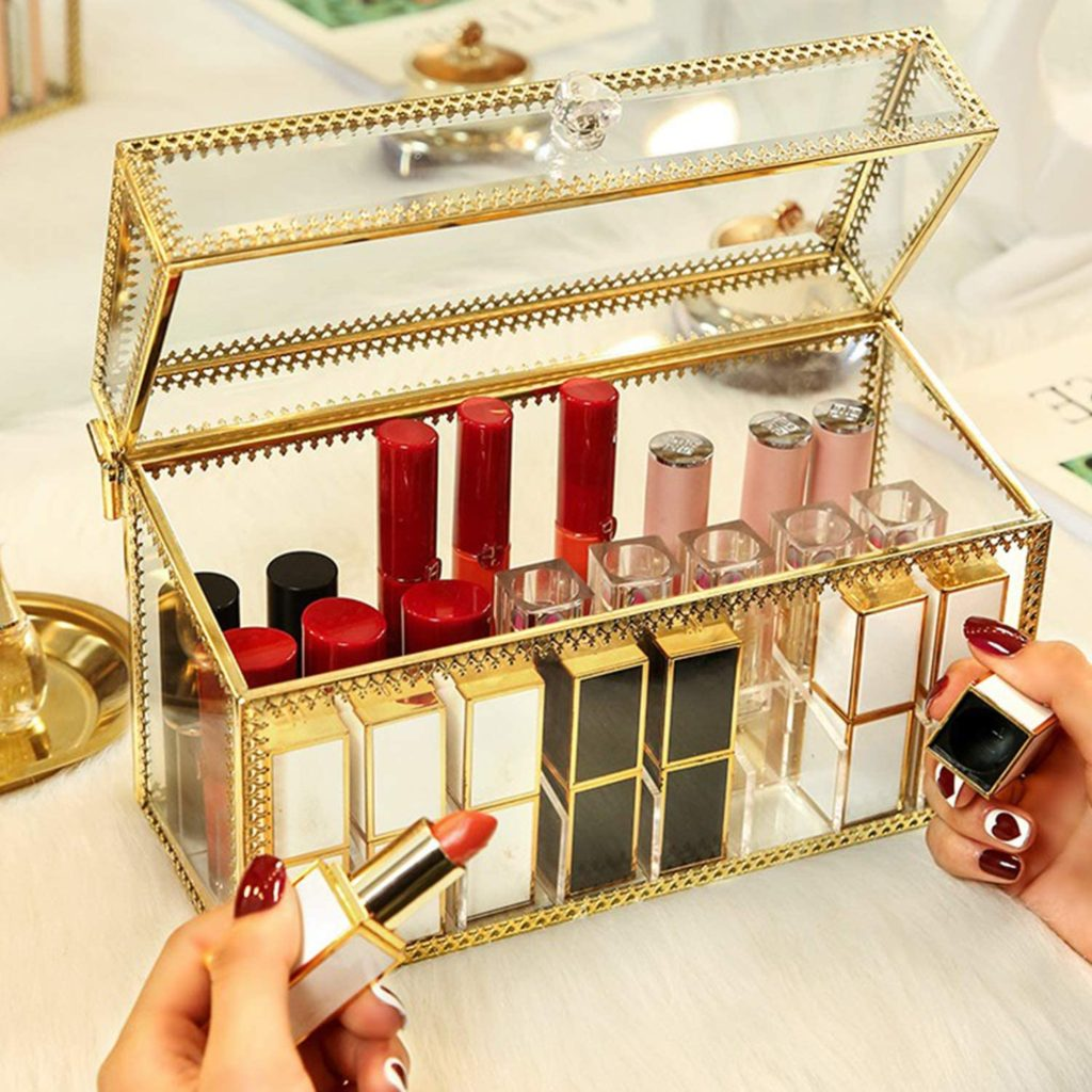 The Best Lipstick Organizer You Can Buy 12